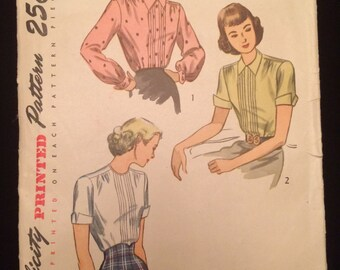 Vintage 1940's Women's Blouse Vintage Sewing Pattern Simplicity 2224 Bust 30