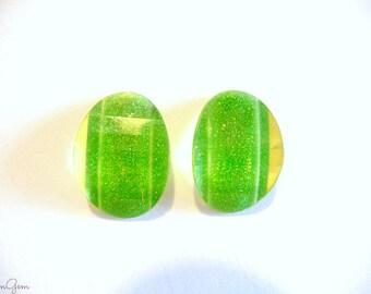 Stud earrings, Post earrings, Green stud earrings, oval stud earrings, glitter studs, glitter green stud, resin studs, earrings, oval studs,