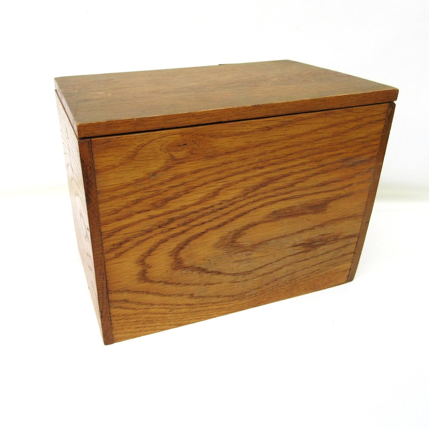 rustic wood box with lid hinged pine box wooden storage. Black Bedroom Furniture Sets. Home Design Ideas