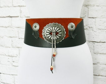 Vintage 80s Wide Southwestern Fringed Color Block Belt Black Brown Leather Metal Medallions M L 28 29 30 31 32