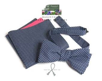 self tie, Men's bowtie and pocket square, blue and white cotton fabric, cotton freestyle - adjustable - just bowties for men from Bagzetoile