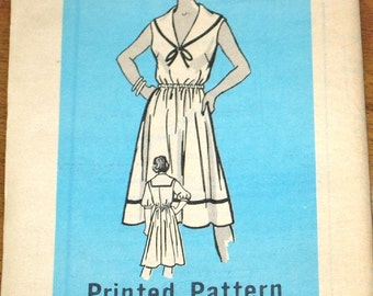 Nautical Dress, Sailor Collar, Bishop Sleeves Womens Misses Vintage 1970s Mail Order Sewing Pattern 9076 Size 16 Bust 38 Uncut Factory Folds