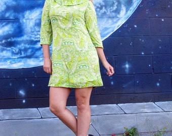 1960s paisley cotton dress fractals ferns pastel collar metal zipper vintage // size: Medium / Large