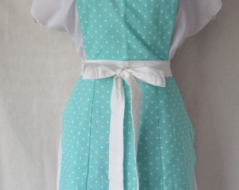 Seafoam and White Polka Dot Full Front Adult Apron / Sweetheart Neckline Scallop Hem Apron / Mint Polka Dot Extra Long Ties / Mommy and Me
