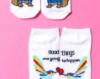 graphic white socks - set of 2 (unicorn pug, good things are going to happen)