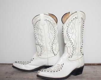 8 D | Men's White Dan Post Bucklace Cowboy Boots