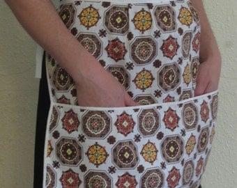 Vintage Style Waist Apron MCM Brown Floral BIG Pocket Vendor