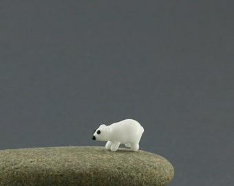 Polar bear  miniature fairy garden dollhouse sculpture figurine glass lampwork tiny animal small moss garden animal sculpture
