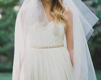 Crystal Sash, Rhinestone Sash, Thin Crystal Sash, Sash with ribbon, Fitted Sash, Bridal Sash, Crystal Belt, Rhinestone Belt, Wedding Sash
