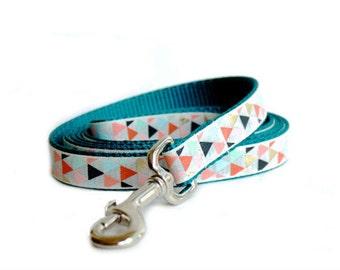 Dog leash in teal, Arrow tribal print