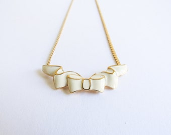 Bow Tie Vintage Cream Enamel Vintage Monet Bib Necklace