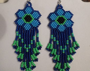 SALE Native American Style Beaded Forget-me- Nots Daisy Flower Earrings Brick Stitch Gypsy Boho Southwester Hippie Hand Made Ready to Ship