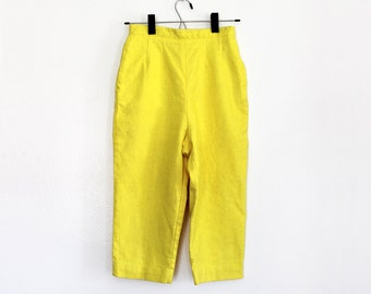 "Vintage 1950s Yellow Capris / 50s Jantzen Pedal Pushers / XS Extra Small 24"" Waist"