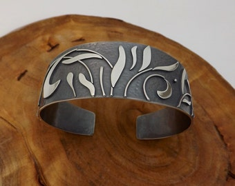 Foliage Patterned Silver Cuff Bracelet Unique Women's Accessory - Gift for Her