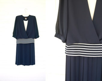 Vintage 80s does 20s navy blue nautical striped flapper dress size S or M