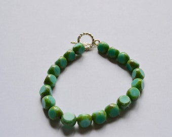 Green stone bracelet. Small wrists. Gift for her. Environmental accessories. Arbonne inspired