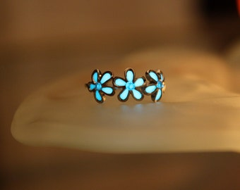 Daisies FLOWERS ring Sterling 925 GLOW in the DARK