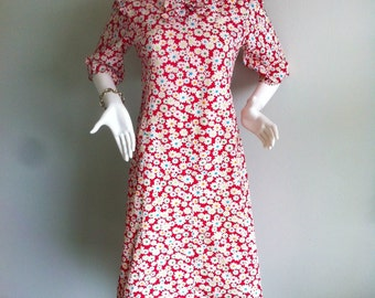 1960s Floral Novelty Print A Line Shift Dress with Bow Accent- XL