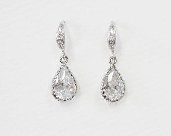 cubic zirconia earrings, Bridal Earrings, Bridal Jewelry, drop earring, bridesmaid gift, bridesmaid earrings