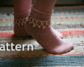 Pattern - Needle Tatting - Tatted Dangly Beaded Sock  Edging PDF Pattern by RustiKate