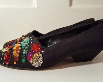 CASADEI SEQUIN HEELS // 80's Italy Silver Star Pumps Shoes Size 5.5 Italian Black 90's Shiny Artistic