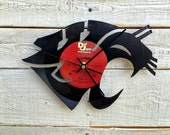 WSU Cougar Vinyl Record Clock ~ Upcycled Recycled Repurposed, Sports Fans Gift Idea, Father's Day, Handmade Christmas Present, Retro Home De