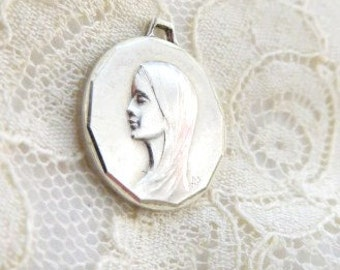 French Holy Mary / Marie / Madonna small  silver medal  catholic virgin miracle holy mother religious jewelry