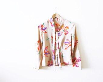 1970s Tropical Floral Print Blouse / 70s Tie Neck Secretary Top / Colorful Floral Shirt