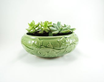 Vintage Shawnee Pottery Planter, Extra Large Green Ceramic Planter, Ivy Pattern Design, No. 3025 Mid Century Pottery, Succulent Planter