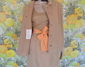 Get Smart - camel hair coat - 1960s J.J. O'Donnell pure camels hair coat - princess seam short coat - light brown 60s mod coat - madmen coat