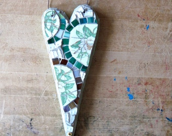 Valentine Heart, Mosaic Heart Wall Decor, Vintage China Mosaic, Pique Assiette, Upcycled, Eco Friendly Art, Mosaic Wall Hanging, Mosaic Art