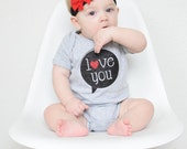 LOVE YOU Talk Bubble Gray VALENTINES tshirt - You pick size