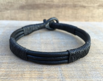 Mens Cuff, Mens Jewelry, Guys Bangle, Mens Bracelet, Biker Dude, Gift for Him, Mens Black Bracelet, Mens Leather Bracelet