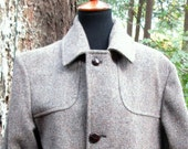 Size 42...Mens Herringbone 1940's Wool Winter Lined Coat/USA Pendleton Mens /Leather Buttons/Warm Classic Winter Coat