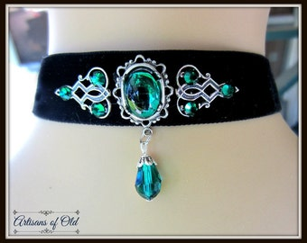 Black Velvet Choker, Emerald Rhinestone Victorian Choker, Festive Choker