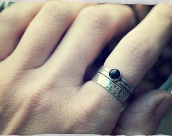 Onyx stacking ring set, three ring set, sterling silver stackable rings, silver and black, oxidised silver, hammered ring set.