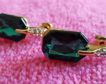 EARRINGS: Elegant Emerald Green Crystal and Rhinestone Gold Plated Stud Style Earrings