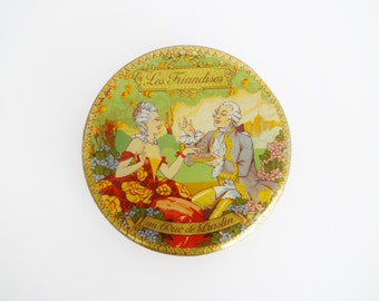 Vintage Pastel Art Deco 1920s Biscuit Tin with 18th-Century Courtship Scene