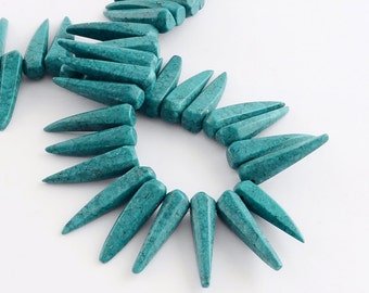 "16"" STRAND Turquoise Howlite Faceted Top-Drilled Spike Spear Tusk Bead"