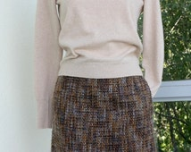 """ON SALE Tweed wool skirt straight  brown rust  chunky  tweed  2 side pockets  lined with back slit French size small waist 26"""""""