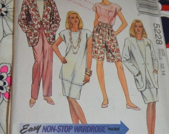 McCalls 5228 Misees Unlined Jacket Tunic or Top Pants ad Shorts Sewing Pattern - UNCUT Size 12 14