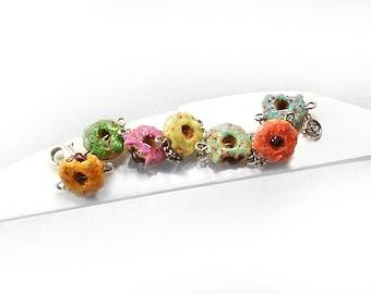 Donut Bracelet, Colorful Bracelet, Food Jewelry, Polymer Clay Bracelet, Kawaii Jewelry, Doughnut Bracelet,Donut Jewelry,Foodie gift Teenager