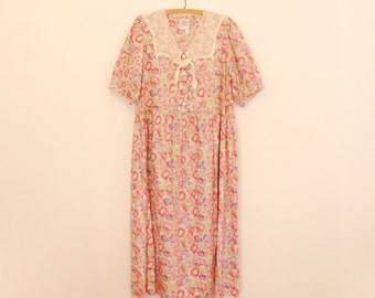 Laura Ashley Pink Floral Print Maxi-Dress with Lace Collar - 1980s