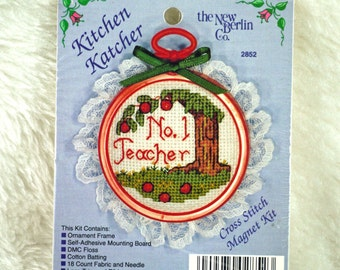 Teacher Magnet, Counted Cross Stitch Kit, New Berlin Co, 2852, Kitchen Katcher, 2 Inch Round
