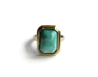 Vintage 830 Silver Ring with Green Stone
