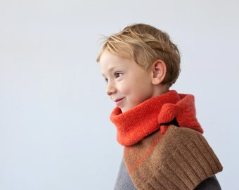 Bird scarf- Red cardinal for kids- Present for children- Knitted scarf