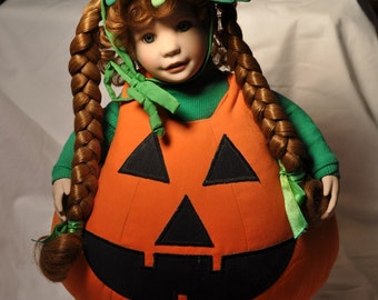 Lil Pumpkin porcelain doll- Hamilton collection-1993