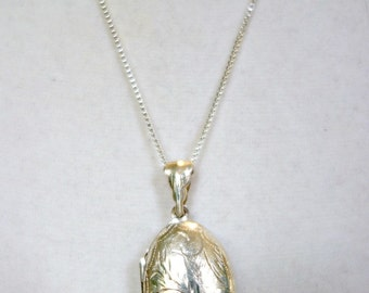 Vintage Sterling Silver Etched Locket, Silver Oval Locket