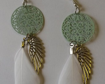 Classic mintgreen color filigree earrings with small white feather and wings charm, feather earrings, boho, ibiza