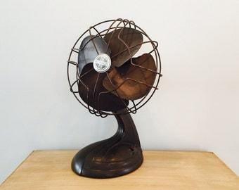 Vintage Art Deco Westinghouse Oscillating Fan